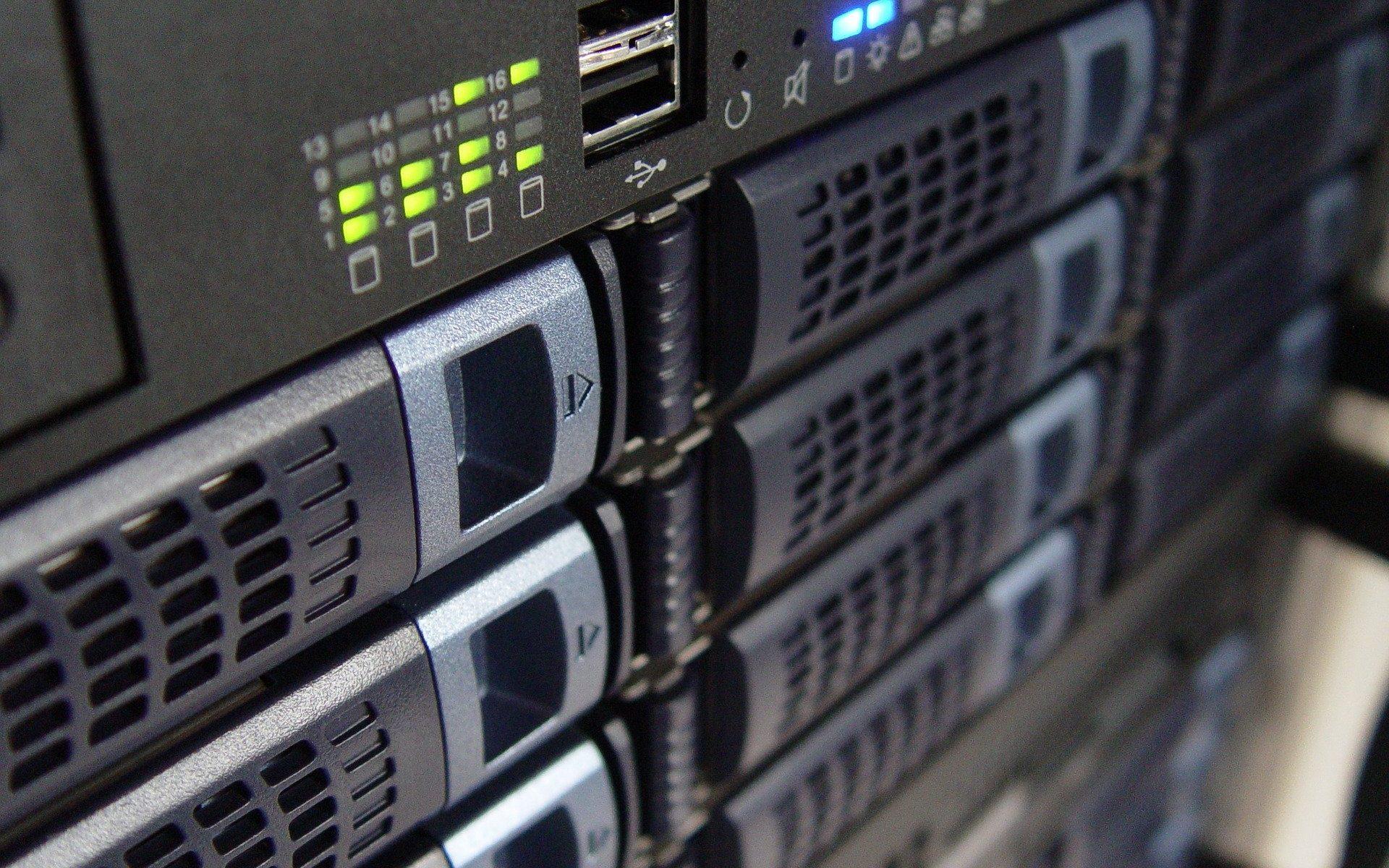 IT-Administration: Datenbankadministration, inklusive Microsoft-Zertifizierung (MCSA)