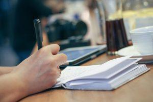 Geben SIe Informationen über Ihr Service an unsere Absolventen/innen!